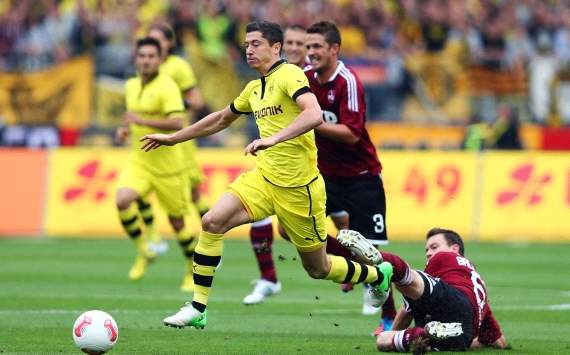 Germany, Bundesliga, 1. FC Nürnberg vs. Borussia Dortmund, Robert Lewandowski