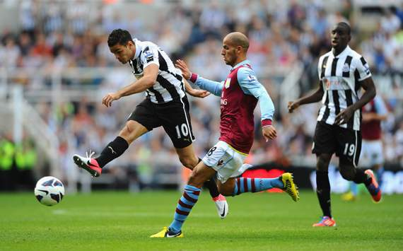 EPL, Newcastle United v Aston Villa, Hatem Ben Arfa, Karim El Ahmadi 