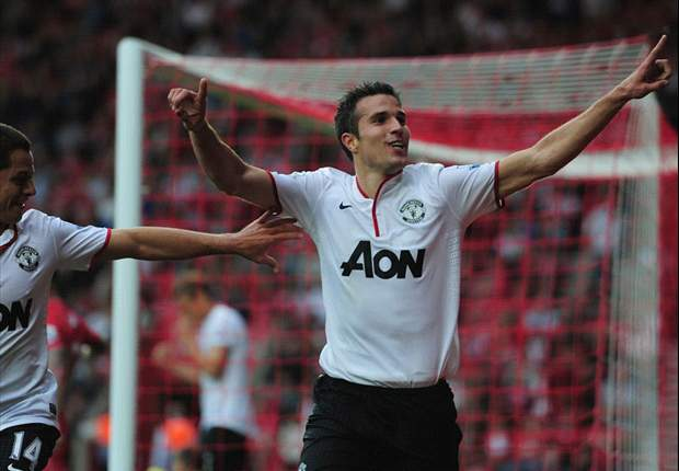 Worth his weight in goals: Majestic Van Persie makes flying start to his Manchester United career