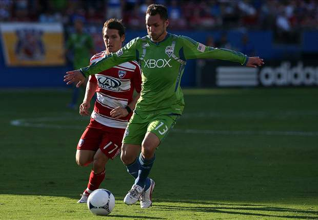 Sounders buy out DP Tiffert's contract