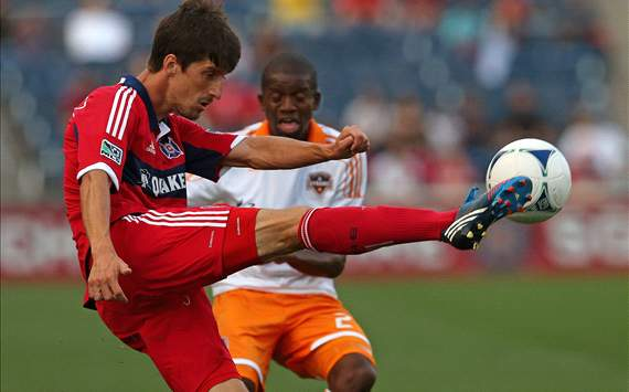 Oscar Boniek Garcia, Houston Dynamo; Alvaro Fernandez, Chicago Fire; MLS