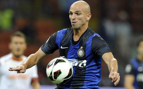 Cambiasso: Hats off to Juventus