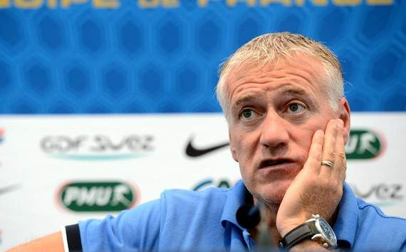 Deschamps warns Wenger over Diaby comments