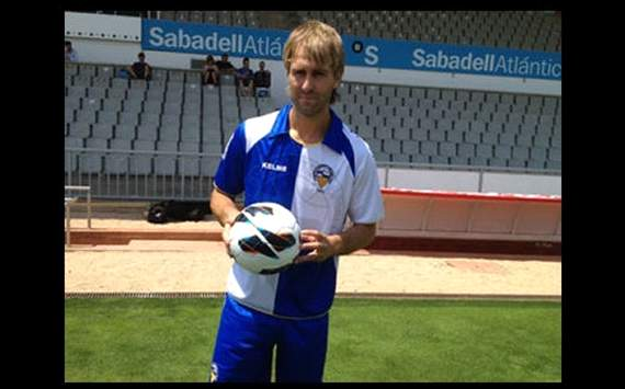 Sabadell 3-0 Almera: 'Hat-trick' de Anibal para golear