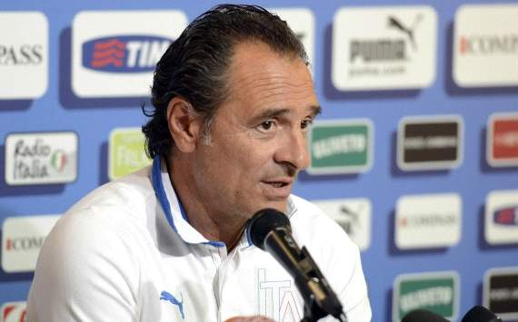 Sacking coaches has become a 'bad habit', says Prandelli