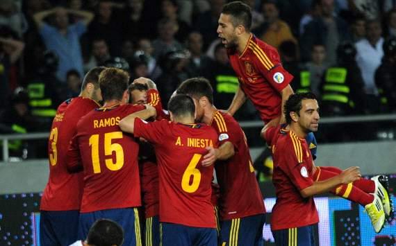España y Cataluña: ¿Quién tiene la camiseta más fea?