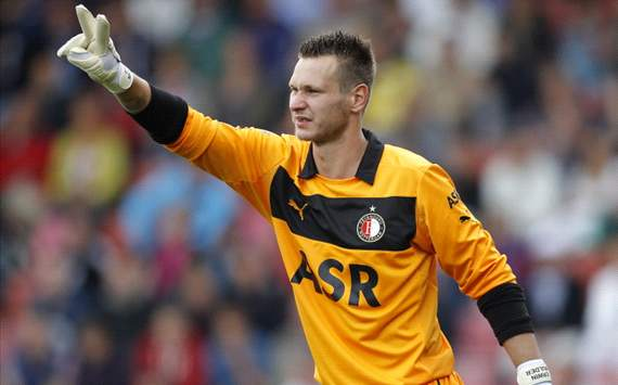 Feyenoord Kehilangan Kiper Erwin Mulder