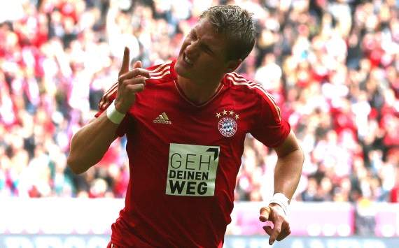Germany: Bayern Munich - FSV Mainz 05, Bastian Schweinsteiger celebrates