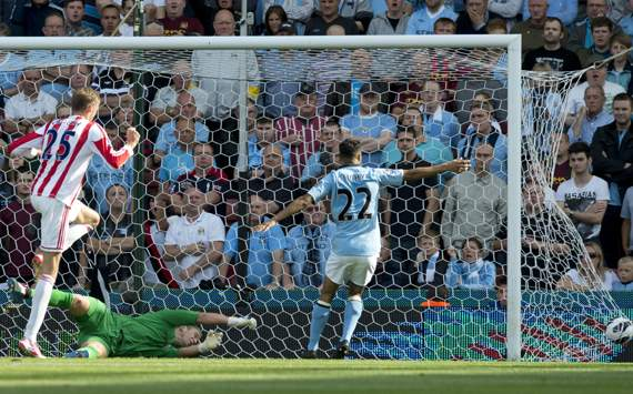 EPL - Stoke City vs Manchester City, Peter Crouch 
