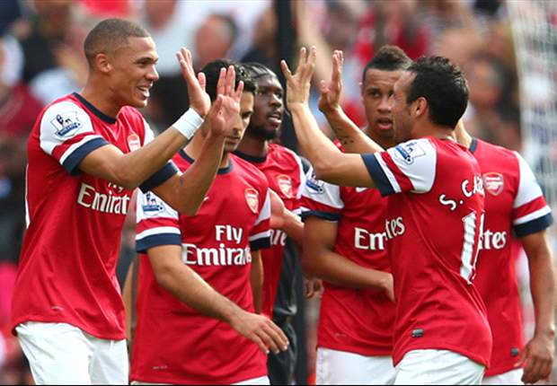 Arsenal ban handshakes as virus sweeps their training base