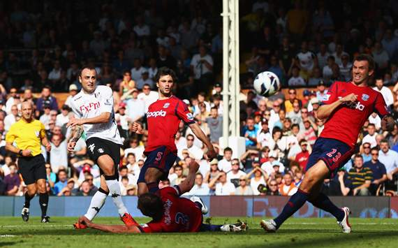 EPL, Fulham v West Bromwich Albion, Dimitar Berbatov