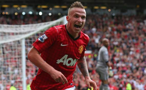 EPL - Manchester United vs Wigan Athletic,Alexander Buttner