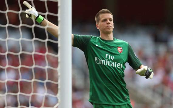 Szczesny and Walcott to start for Arsenal in north London derby