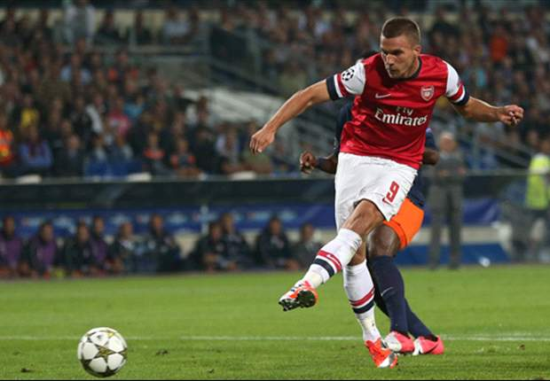 Aguero & Podolski see off Tevez & Walcott - the ultimate Manchester City & Arsenal combined XI