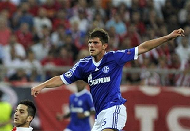 Huntelaar in no hurry to renew his contract with Schalke