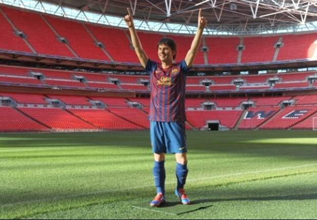 Messi wax statue unveiled at Wembley