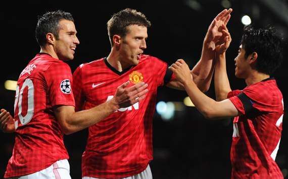 UEFA CL - Manchester United vs Galatasaray, Robin van Persie, Shinji Kagawa & Michael Carrick