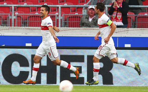 Gentner, Ibisevic of VfB Stuttgart against Bucharest, Europa League
