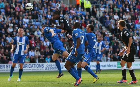 EPL: Hugo Rodallega, Wigan Athletic v Fulham