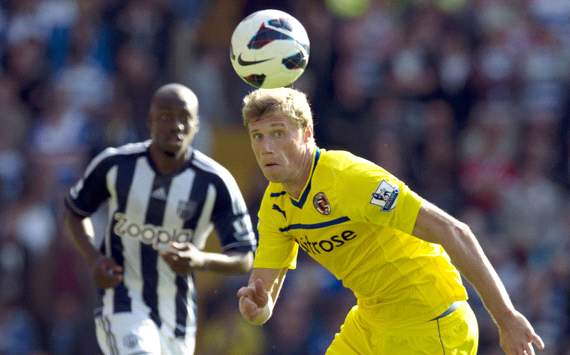 EPL: Pavel Pogrebnyak -  Youssouf Mulumbu,West Bromwich v  Reading