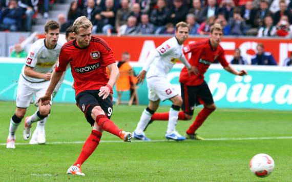 ALL - Leverkusen bute contre Gladbach