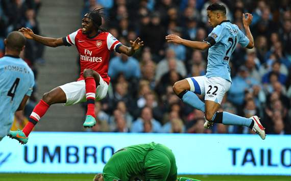 EPL - MANCITY-ARSENAL, Joe Hart, Gervinho and Gael Clichy