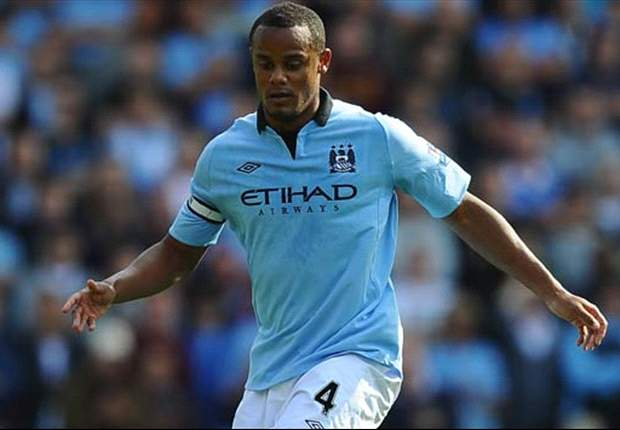 Manchester City captain Vincent Kompany limps off with ankle injury in Stoke clash