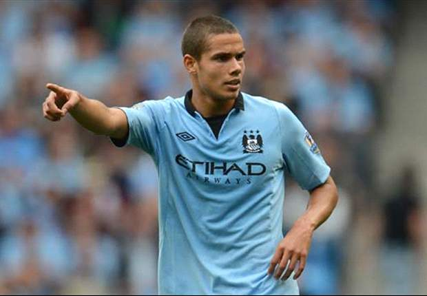 Manchester City midfielder Rodwell desperate to maintain fitness