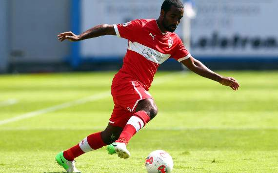 Cacau injury blow for Stuttgart