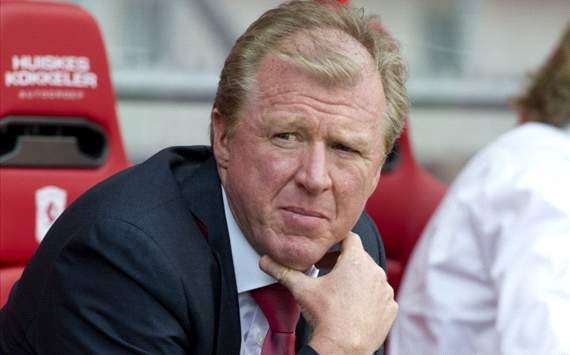McClaren's job safe at Twente despite bad results