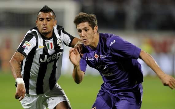 Vidal e Jovetic in Fiorentina-Juventus (Serie A)