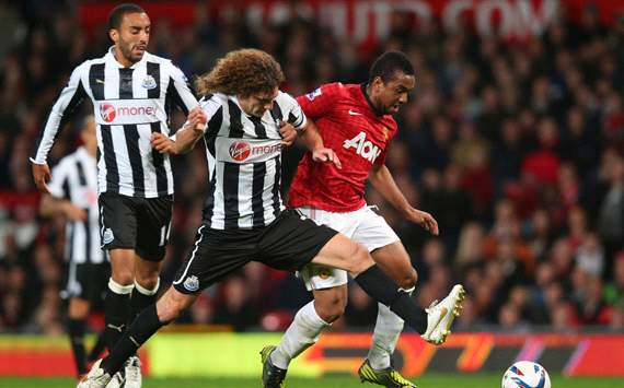 Capital One Cup, Manchester United v Newcastle United, Anderson, Fabricio Coloccini