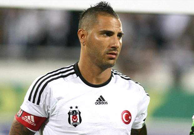 Quaresma leaves Besiktas after contract terminated