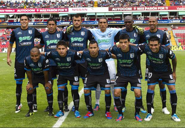 Queretaro adds 21 players to transfer list