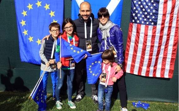 Family photo of the coach, married to Cristina Serra , famous for Bayern Munich & Catalonia.