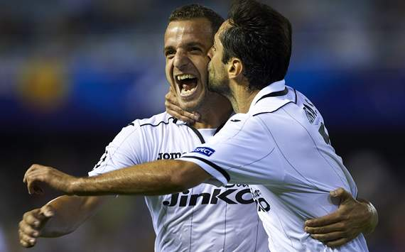 Roberto Soldado, Jonas, Valencia