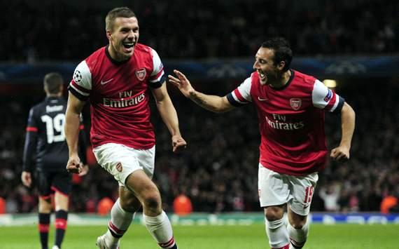 UEFA Champions League, Arsenal v Olympiakos FC,  Santi Cazorla, Lukas Podolski