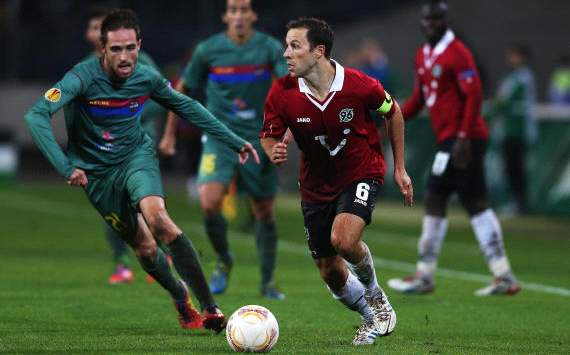 Steven Cerundolo, Hannover 96 vs Levante, Europa League