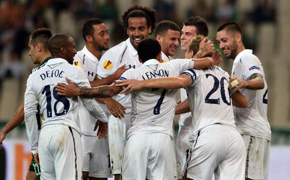 Europa League - PANATHINAIKOS-TOTTENHAM, Tottenham's players celebrate after scoring against Panathinaikos