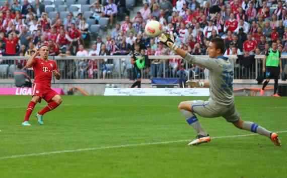 FC Bayern München v TSG 1899 Hoffenheim: Franck Ribery & Koen Casteels