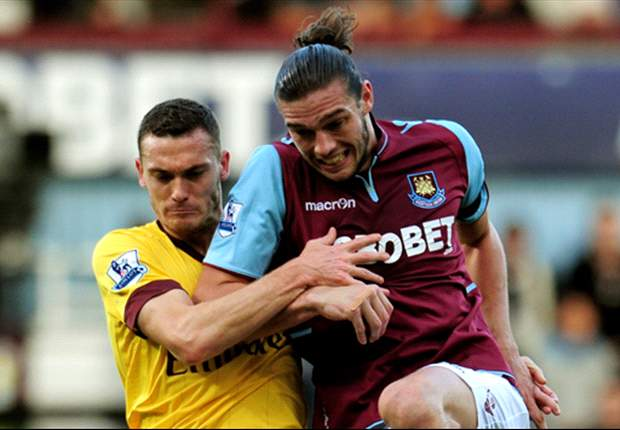 Carroll receives no protection from referees, insists West Ham boss Allardyce