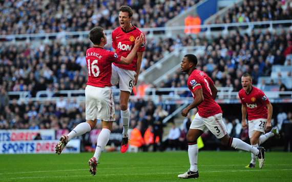 EPL, Newcastle United v Manchester United, Jonny Evans