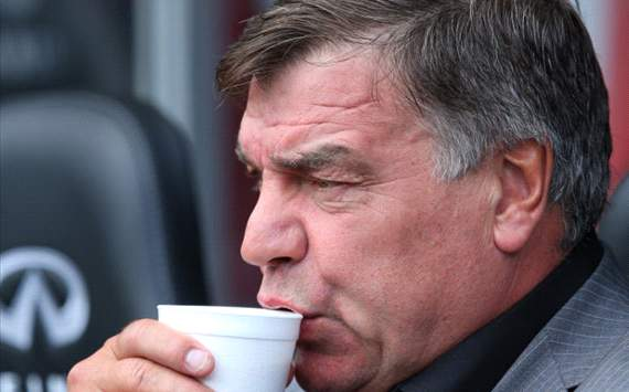 Allardyce fumes at Manchester United bias from officials after Old Trafford defeat