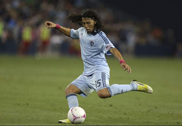 Roger Espinoza preparing for Wigan move