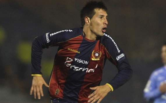 Jonathan Fabbro seguir en Cerro Porteo