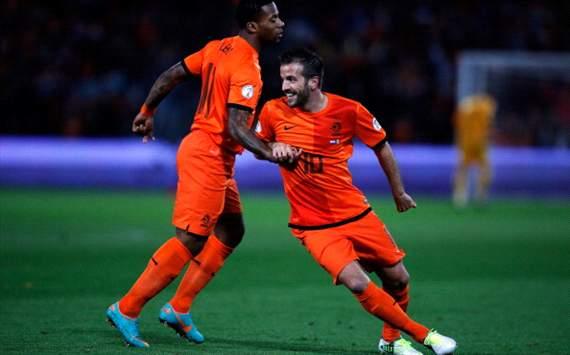 Rafael van der Vaart, Jeremain Lens Netherlands - Andorra