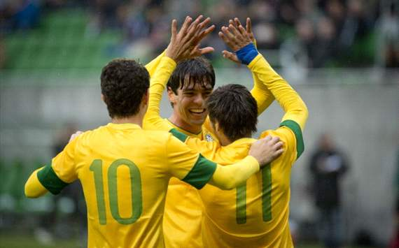 Neymar would benefit from Kaka being in Brazil squad, believes Gilberto Silva