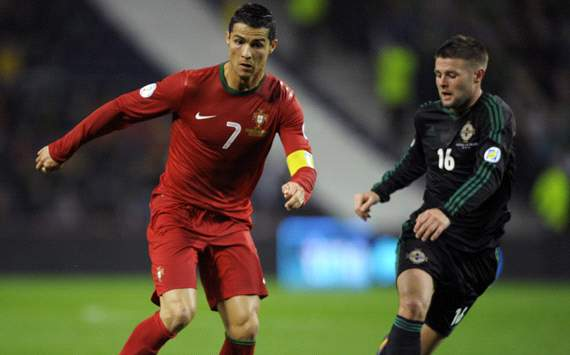 WCQ 2014, Portugal vs Northern Ireland, Cristiano Ronaldo, Oliver Norwood