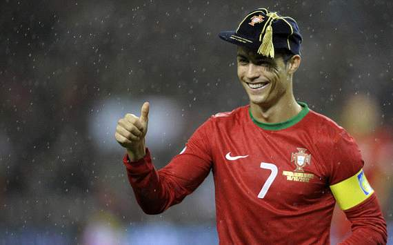 Ronaldo honoured by Uefa after winning 100th Portugal cap