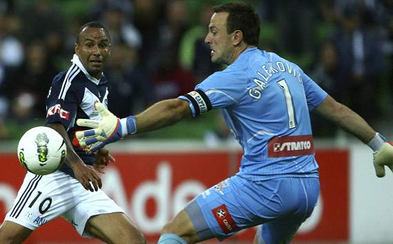 Archie Thompson - Eugene Galekovic - Melbourne Victory - Adelaide United